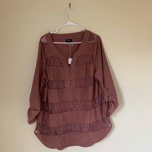 Lace Detailed 3/4 Length Sleeve Tunic
